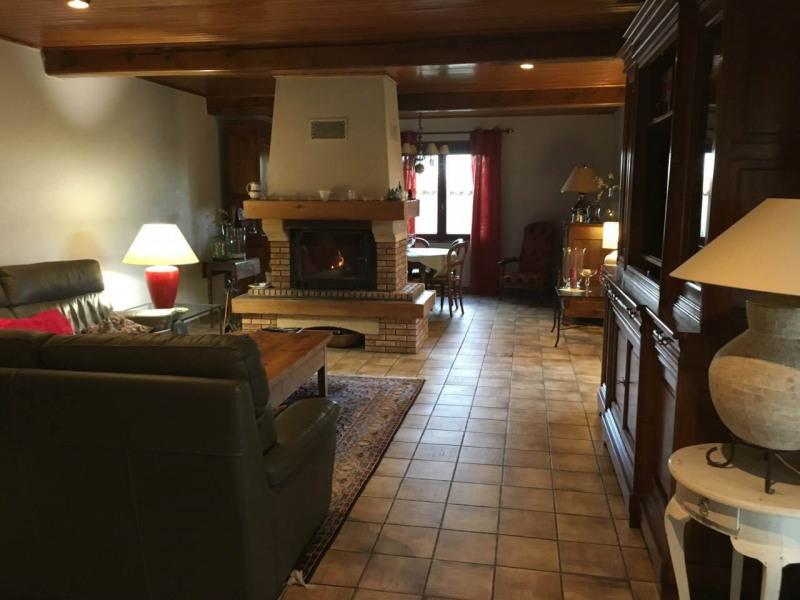 Vente maison / villa Poncins 305000€ - Photo 2
