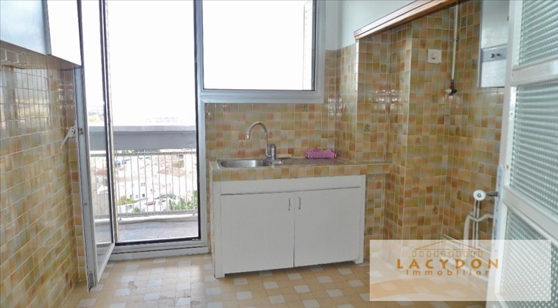 Sale apartment Marseille 4ème 126 000€ - Picture 3