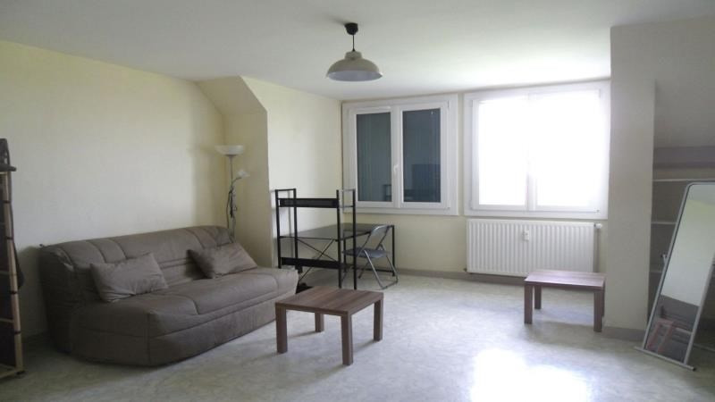 Rental apartment Troyes 290€ CC - Picture 1