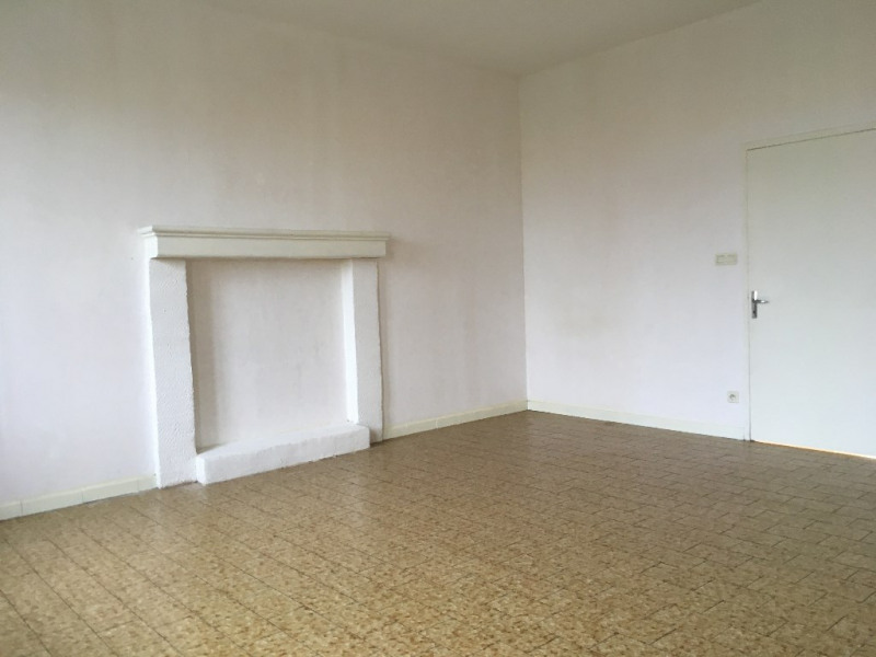 Location maison / villa Renaze 612€ CC - Photo 4