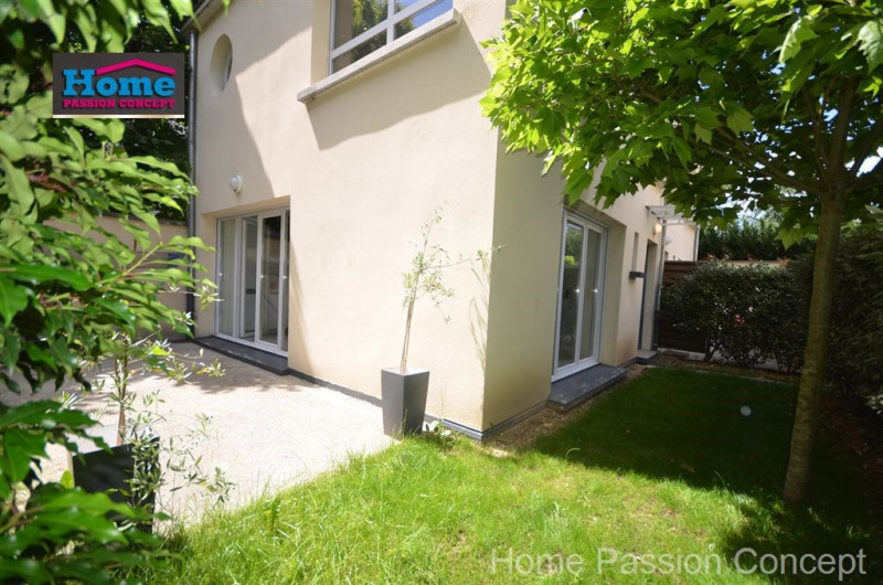 Sale apartment Nanterre 640 000€ - Picture 1