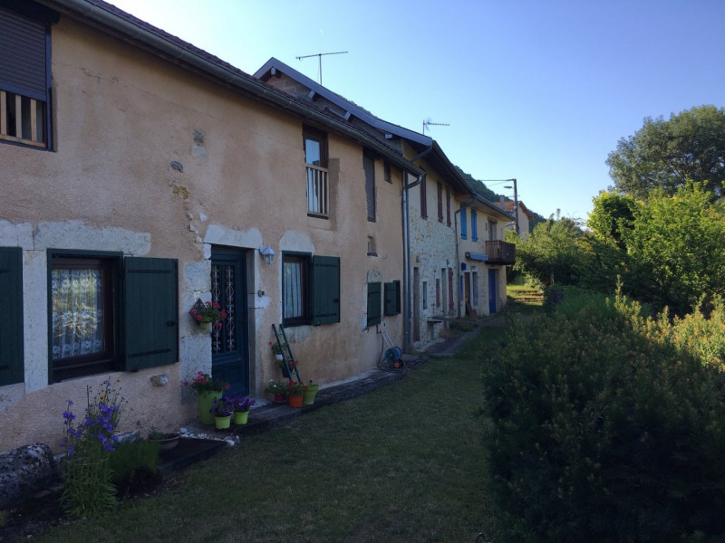 Sale house / villa Briord 79900€ - Picture 6