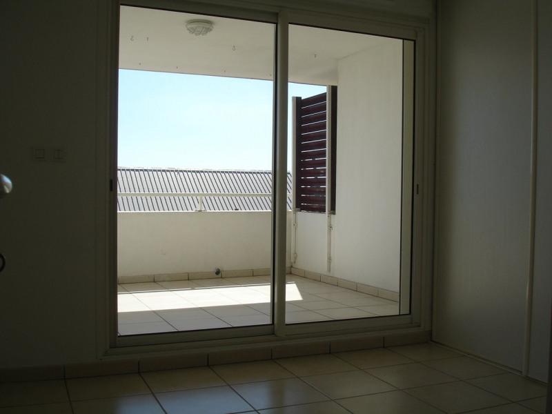 Location appartement Ste clotilde 790€ CC - Photo 5