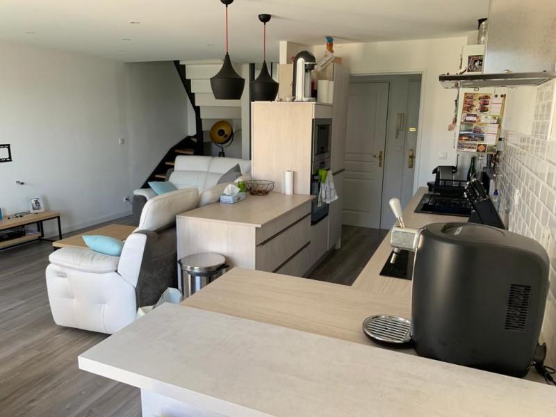 Location appartement Roche-la-moliere 700€ CC - Photo 3