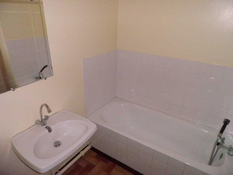 Rental apartment Le puy-en-velay 272,79€ CC - Picture 3