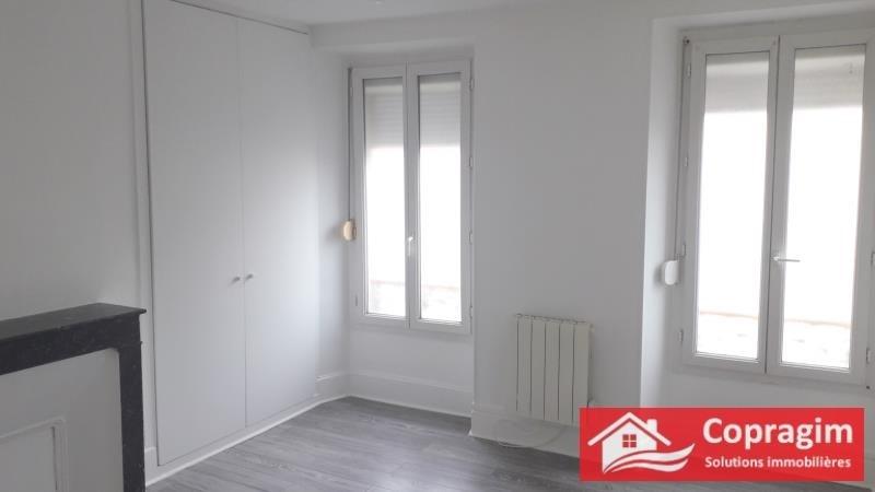 Rental house / villa Montereau fault yonne 795€ +CH - Picture 2