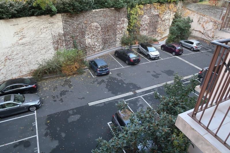 Verkoop  appartement Courbevoie 572000€ - Foto 5