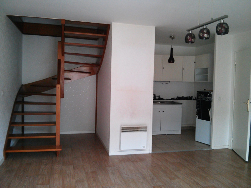 Location appartement Etampes 817€ CC - Photo 1