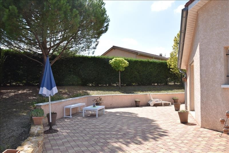 Sale house / villa Pommiers 380 000€ - Picture 3