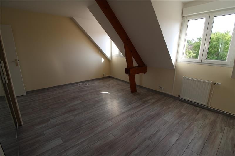Location maison / villa Maurepas 1 896€ CC - Photo 5