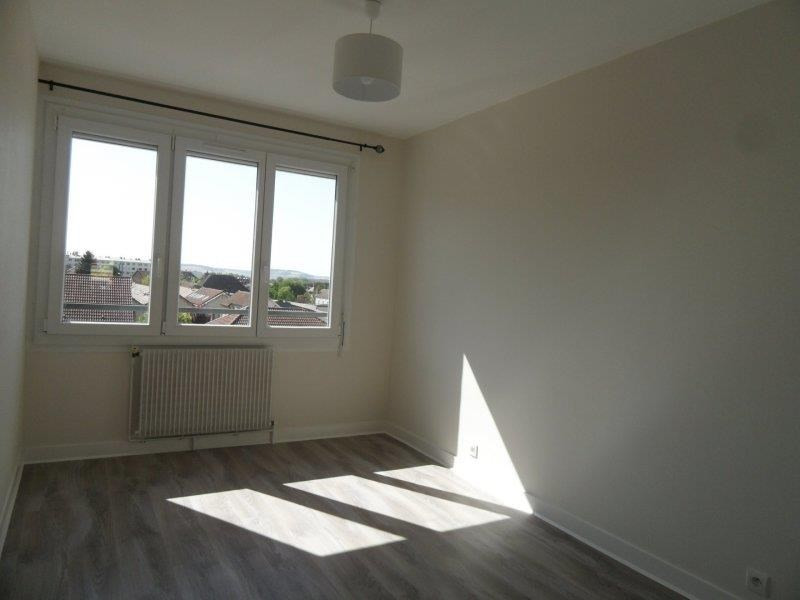 Location appartement Troyes 659€ CC - Photo 4