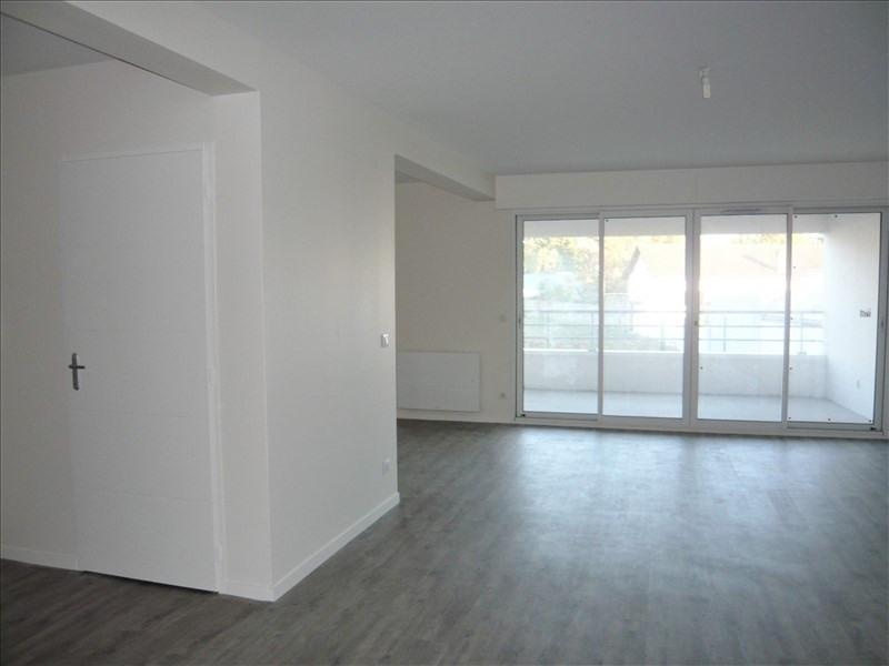 Sale apartment Pau 246000€ - Picture 3