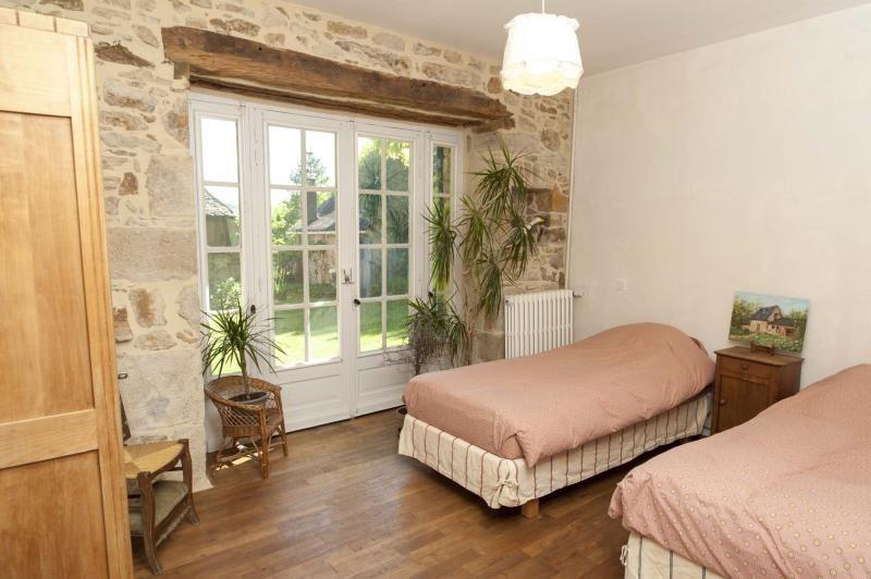 Sale house / villa Terrasson lavilledieu 472500€ - Picture 12