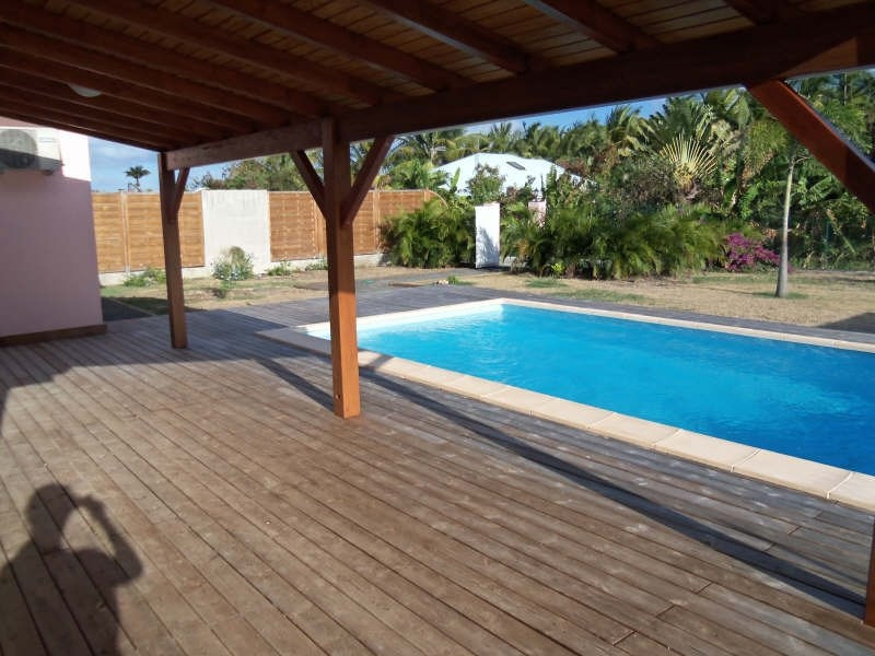 Location maison / villa St francois 1 730€ CC - Photo 4