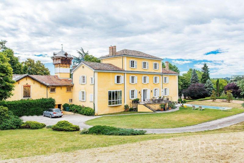 Deluxe sale house / villa Saint-genis-laval 1900000€ - Picture 2