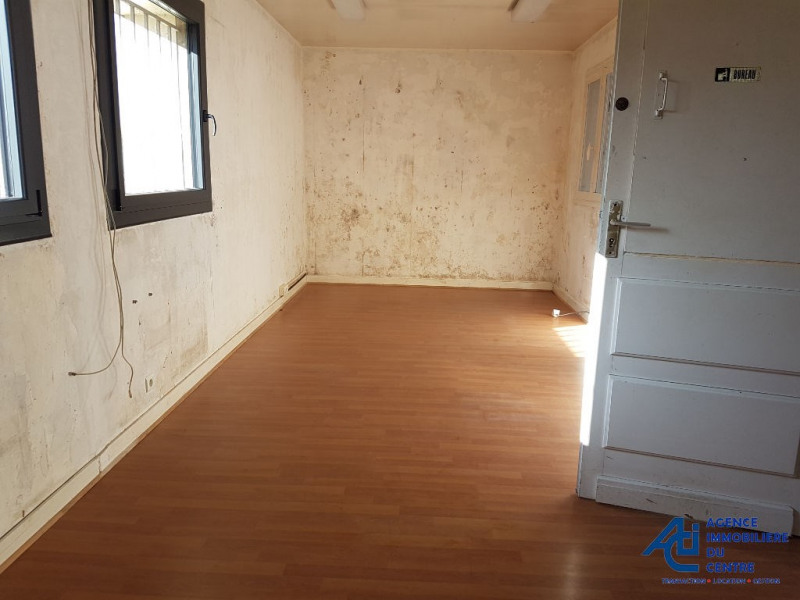Location local commercial Pontivy 2 100€ HC - Photo 2