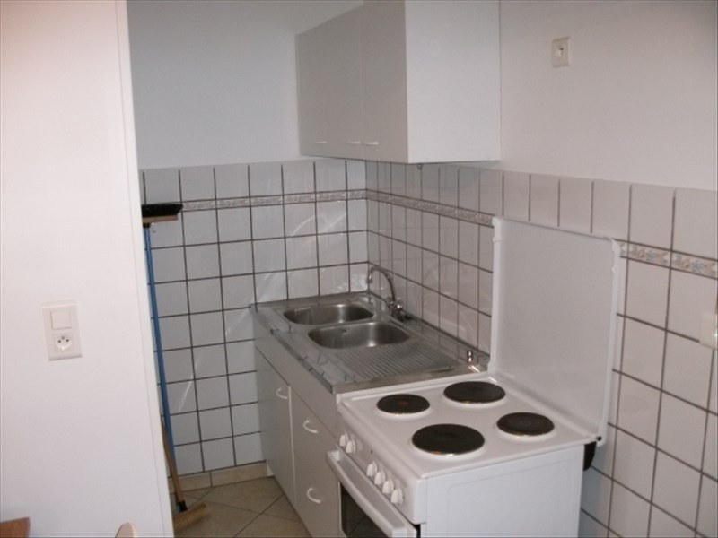 Rental apartment Aubigny sur nere 410€ CC - Picture 2