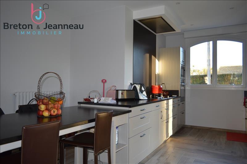 Sale house / villa Laval 291200€ - Picture 3