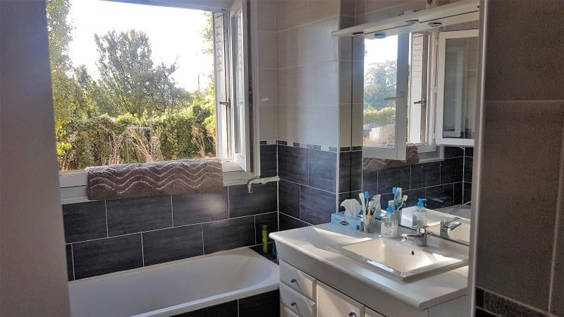 Sale apartment Gagny 119000€ - Picture 1