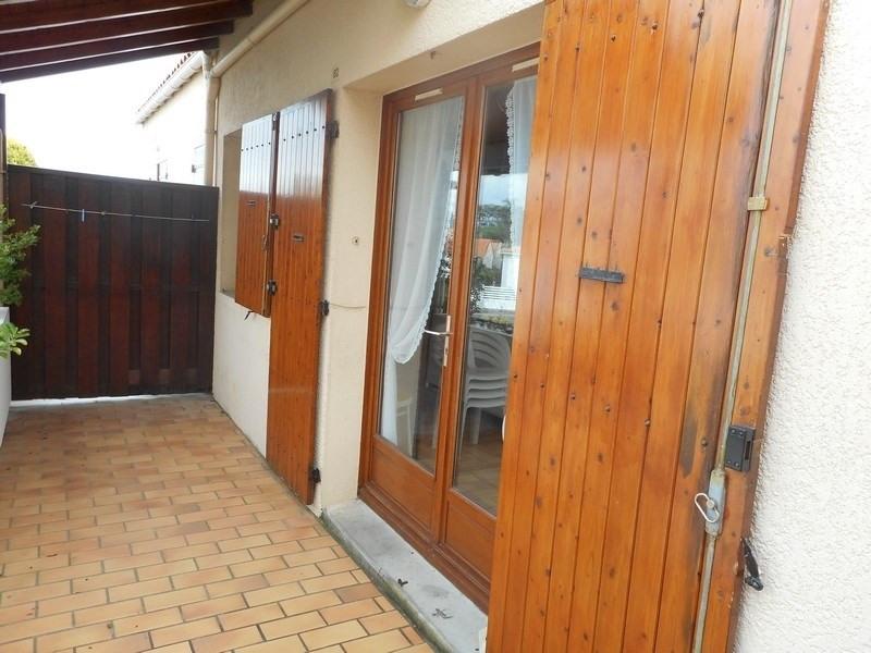 Vacation rental apartment Vaux-sur-mer 250€ - Picture 1