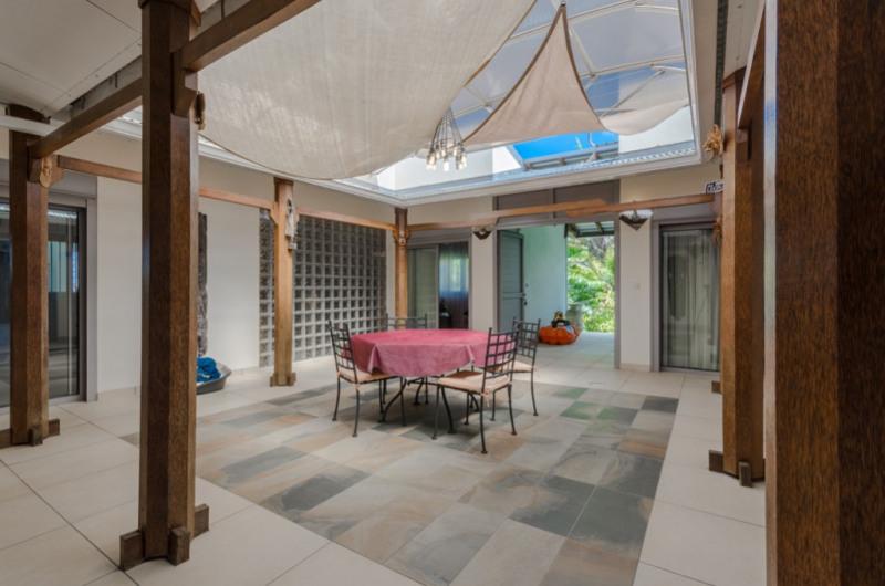 Deluxe sale house / villa Saint pierre 655000€ - Picture 5