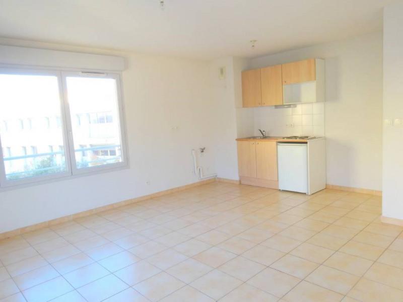 Rental apartment Avignon 504€ CC - Picture 1