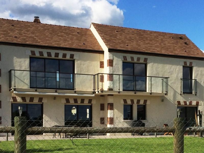 Vente maison / villa Gazeran 598000€ - Photo 2