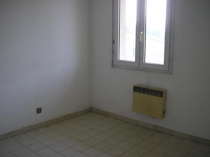 Rental apartment Montreal la cluse 480€ CC - Picture 4