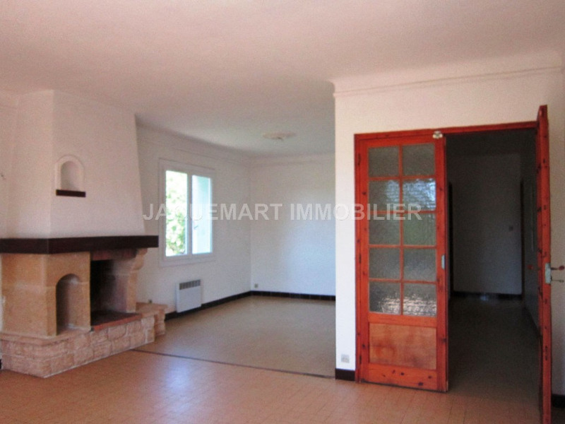 Rental apartment Lambesc 820€ CC - Picture 7