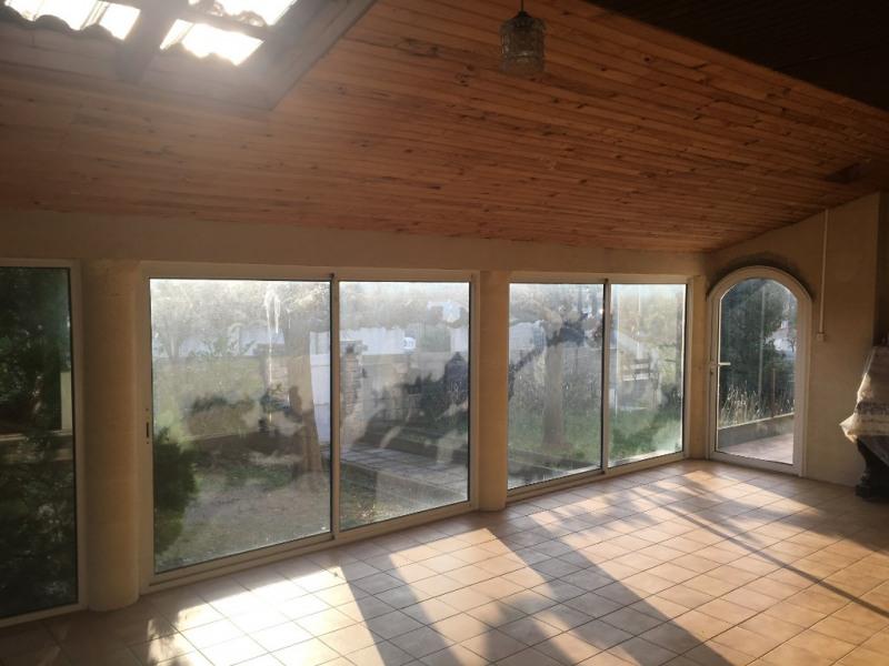 Sale house / villa Vauvert 214000€ - Picture 1