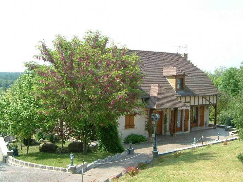 Sale house / villa Chartrettes 582 000€ - Picture 1