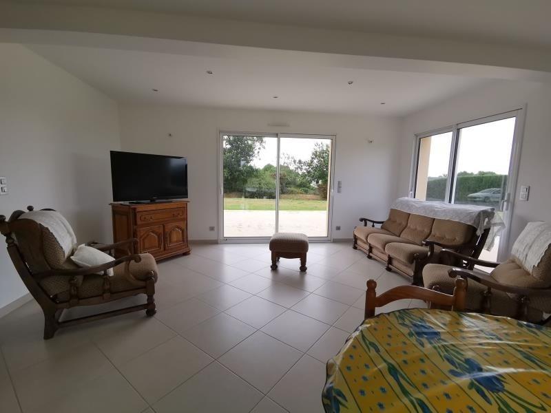 Sale house / villa Vesly 261250€ - Picture 4
