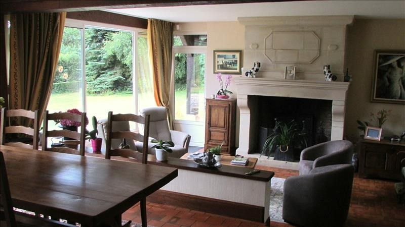 Deluxe sale house / villa Pont l eveque 600000€ - Picture 2