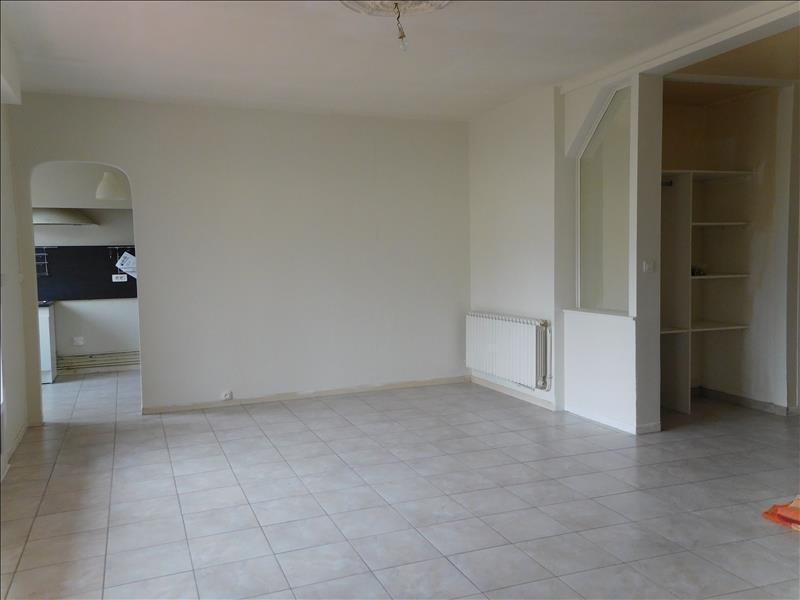 Rental house / villa St andre de cubzac 740€ CC - Picture 2