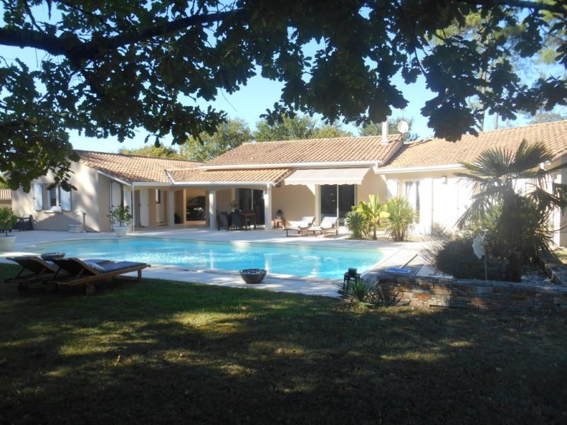 Deluxe sale house / villa La brede 644000€ - Picture 12
