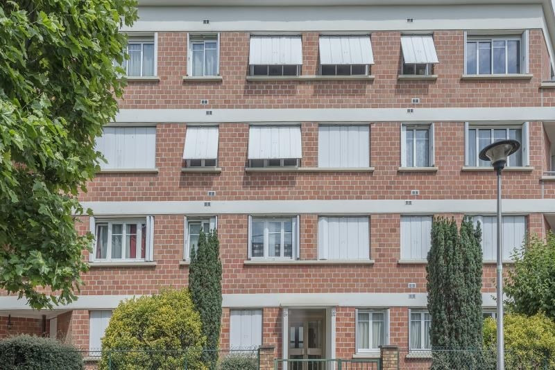Sale apartment Colombes 397000€ - Picture 2