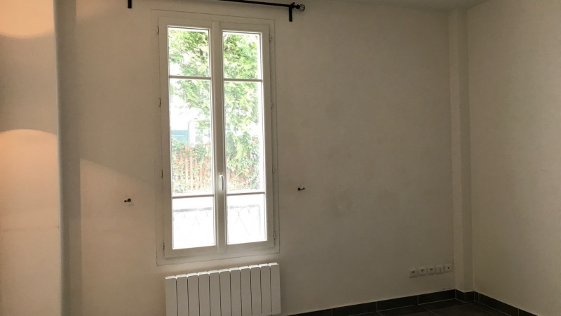 Sale empty room/storage Malakoff 220 000€ - Picture 1