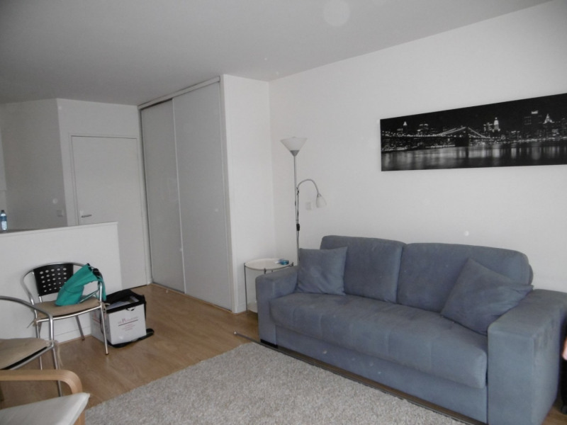 Location appartement Orsay 691€ CC - Photo 1