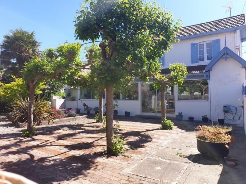Deluxe sale house / villa Arcachon 735000€ - Picture 1