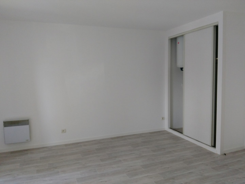 Rental apartment Paris 14ème 1 151€ CC - Picture 2