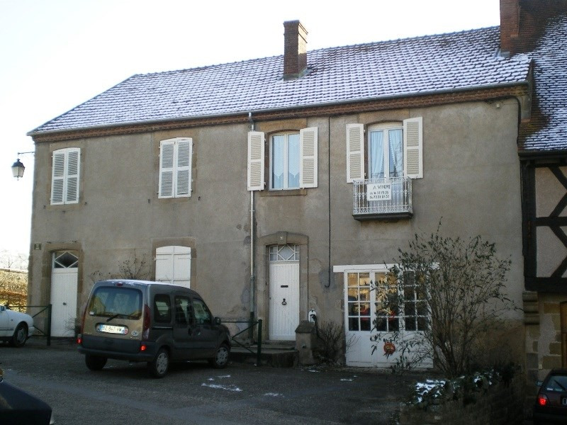 Sale house / villa St menoux 54 000€ - Picture 1
