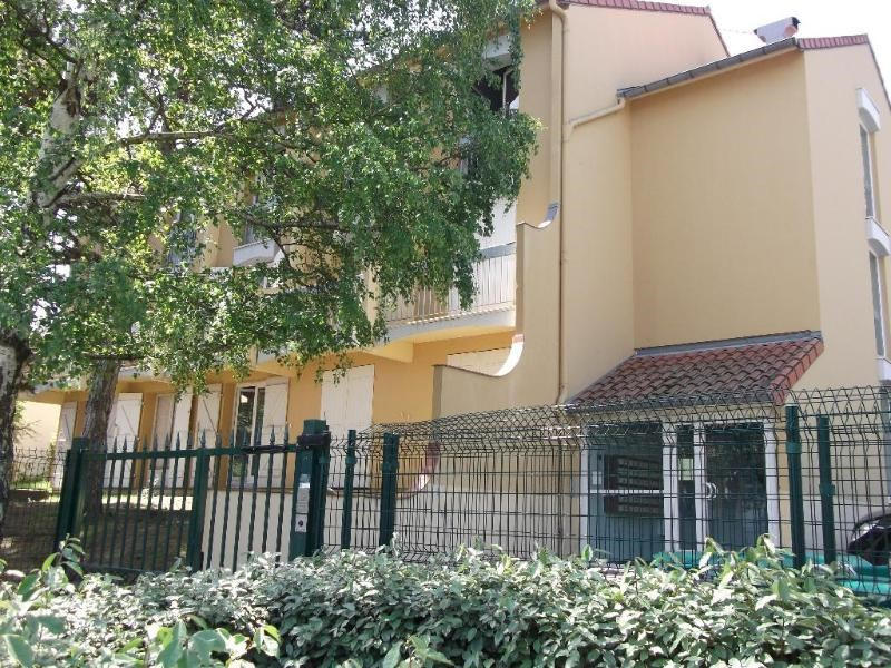 Rental apartment Toulouse 352€ CC - Picture 2