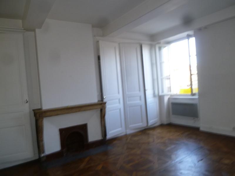 Rental apartment St genis laval 772€ CC - Picture 2