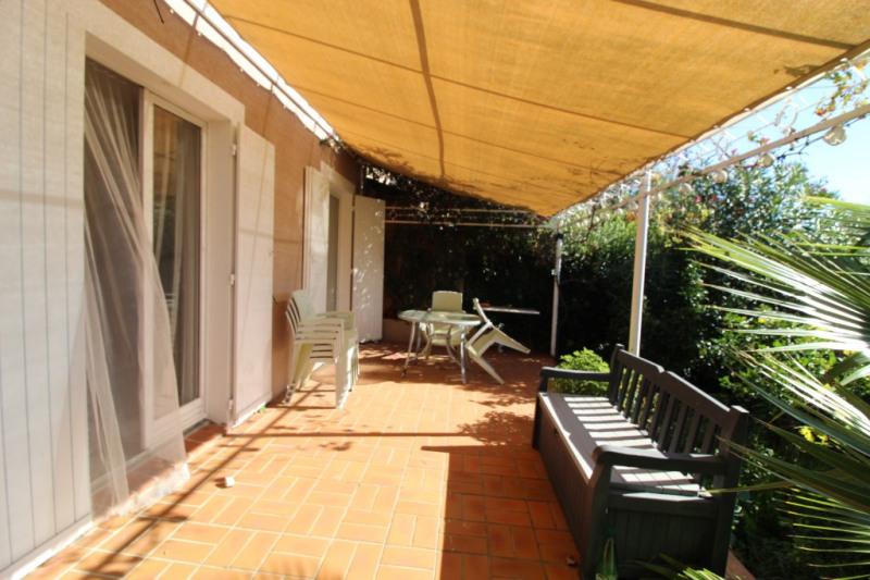 Vendita casa Hyeres 390000€ - Fotografia 6