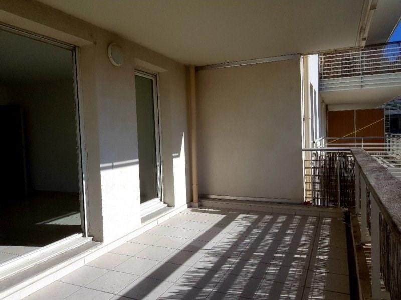 Sale apartment Avignon 233000€ - Picture 2