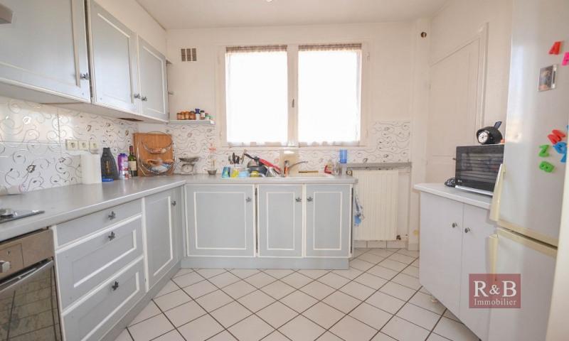 Sale apartment Les clayes sous bois 173000€ - Picture 4