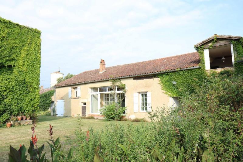 Sale house / villa Moirax 220000€ - Picture 1