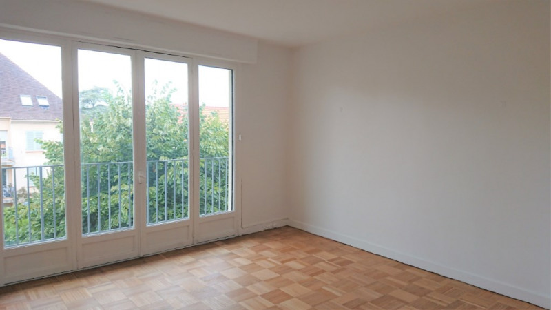 Rental apartment Marly le roi 1680€ CC - Picture 1