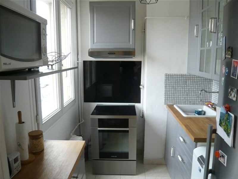 Sale apartment Colombes 279000€ - Picture 2