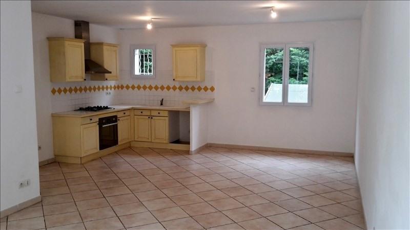 Location maison / villa Eyguieres 1130€ CC - Photo 2